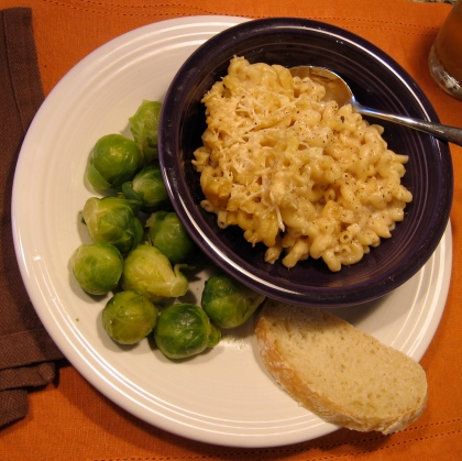 mac n'cheese n'brussel sprouts